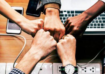 Cara Mudah Membangun Teamwork yang Kuat dan Solid